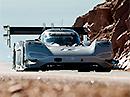 Elektrický Volkswagen zničil Pikes Peak - Klasická auta už elektrickým nestačí