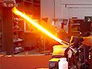 Funkční světelný meč prořeže i ocel!